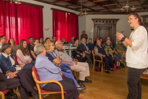 Herbstvollversammlung mit über 35 Zuhörern (© Foto: Gudrun Heiser)