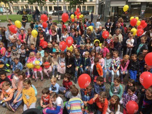 Die Kinder sind am 19. Mai wieder auf den Domplatz eingeladen. (© Foto: Stadtpastoral )