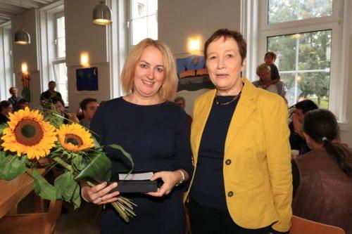 Martina Freissegger mit Seelsorgeamtsdirektorin Anna Hennersperger