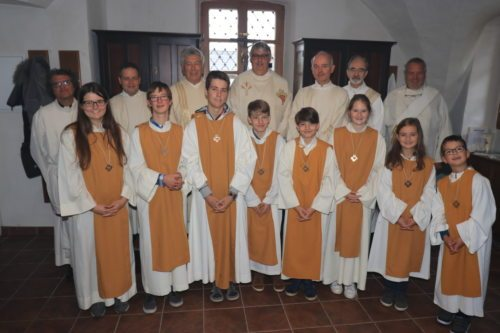 Diakon Putzinger (3.v.l) feierte sein 25-jähriges Jubiläum