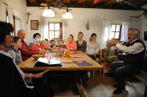 Peka kruha je doživetje za celo družino (© Foto: vg)