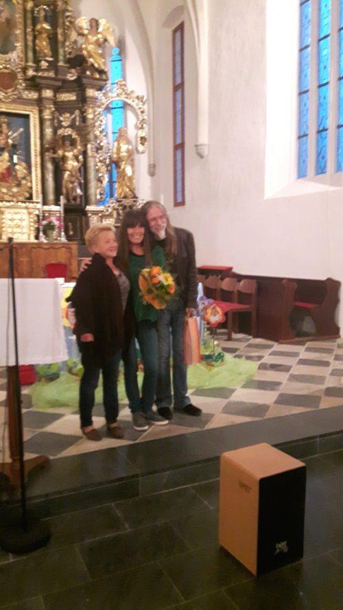 Die Ausführenden Margrathe Kramer, Outi & Lee (Pfarre Lavamünd).