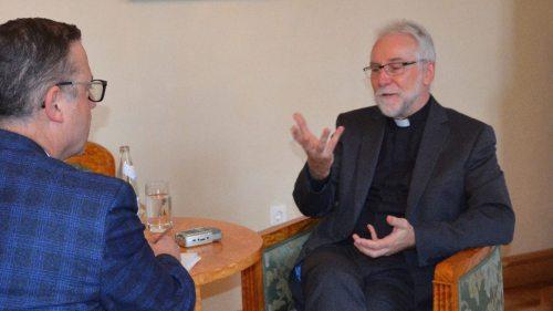 Der designierte Kärntner Bischof Josef Marketz im Interview mit Kathpress-Chefredakteur Paul Wuthe (Foto: kathpress)