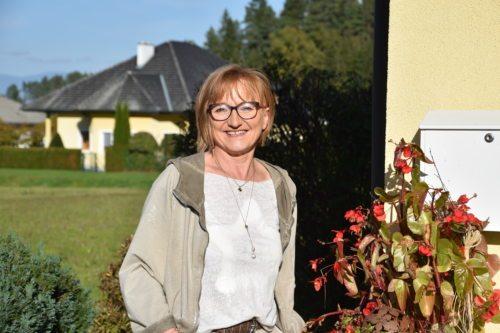 Monika Jenšac (Nedelja)