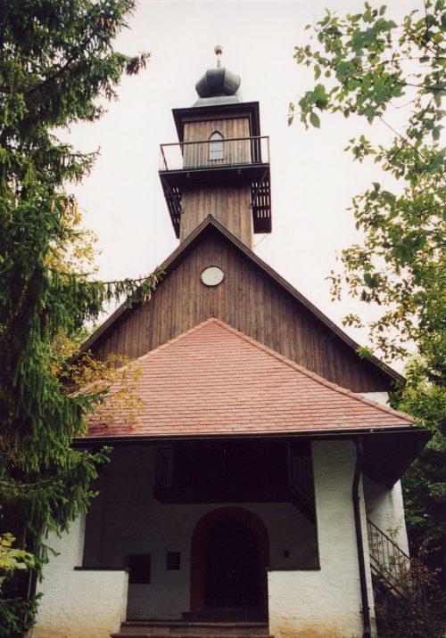 Die Oswaldibergkirche nach der Restaurierung 1988 (© Foto: Pfarrarchiv)