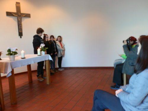 Gottesdienst in Don Bosco (© Foto: Gerda Heger)