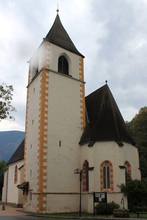 Pfarrkirche St. Leonhard in Möllbrücke (Foto:Raul de Chissota [Public domain])