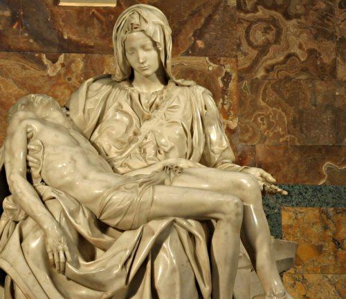 Michelangelo Buonarotti; Detail Pieta, Petersdom (© Foto: foto: Stanislav Traykov, wikipedia)
