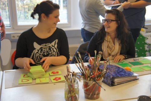 Kreativität spielt bei der Ausbildung eine wichtige Rolle (Foto © Caritas Kärnten)