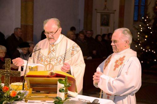 Konzelebration in der Pfarrkirche St. Michael ob Bleiburg (© Foto: St. Mich.)
