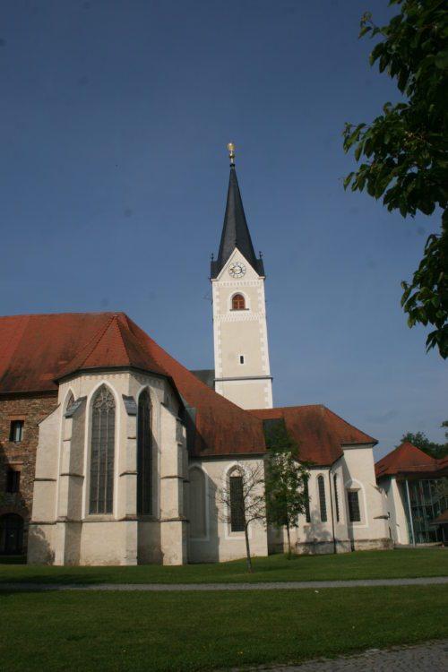 Stiftskirche Viktring, Blick von Osten. (© Foto: Karl Schnabl)