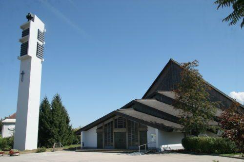 Pfarrkirche St. Theresia (© Foto: Johannes Pichler)