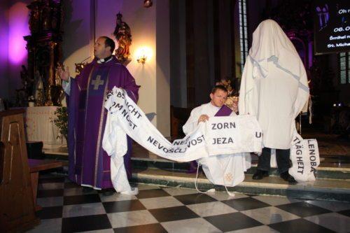 Auferweckung des Lazarus (© Foto: Katholische Jugend)