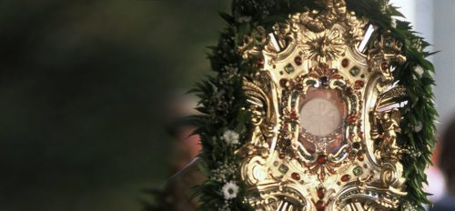 Die Feier des Fronleichnamsfestes (© Foto: Pressestelle / Neumüller)
