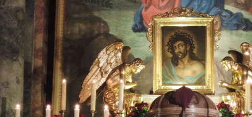 Von 15. bis 23. März 2015 wird in vielen Kärntner Pfarren wieder die Novene zum Heiligen Haupt besonders gefeiert. (© Foto: KH Kronawetter (Das Heilig-Haupt-Bild in der Klagenfurter Stadtpfarrkirche St. Egid))