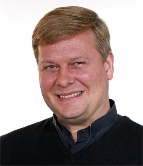 Sven Wege wird zum Diakon geweiht. (© Foto: Pressestelle/Eggenberger)